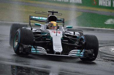 Hamilton mejora al ´Kaiser´ y presiona más a Vettel en el hogar de Ferrari