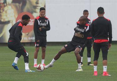 Perú se mantiene atento a la recuperación de Yotún para jugar contra Ecuador