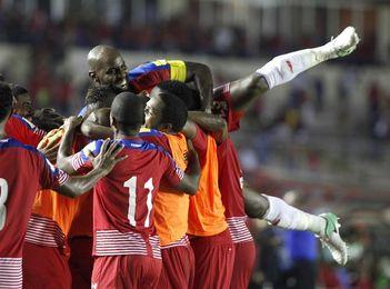 3-0. Panamá golea a Trinidad, sube al tercer lugar y queda más cerca de Rusia