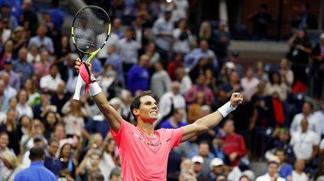 Del Potro elimina a Federer y jugará las semifinales con Nadal, que asegura el número 1