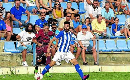 El Écija Balompié buscará un nuevo triunfo ante el colista de la categoría, el Lorca Deportiva.