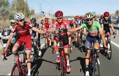 Froome se proclama vencedor de la Vuelta, el esprint de Madrid para Trentin