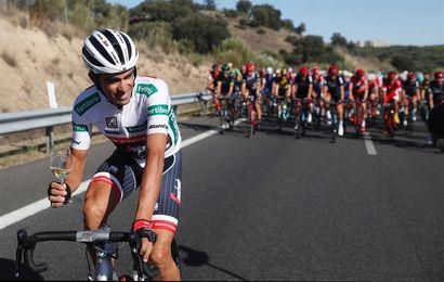 """Manolo Saiz:""""Con Contador se marcha el último loco aventurero"""""""