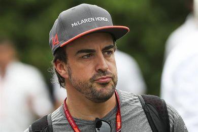 """Alonso: """"Quiero saber más de los planes de Renault para tomar una decisión"""""""