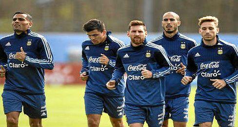 Sampaoli llama por primera vez a Pezzella y prescinde de Correa, Pareja y Pizarro