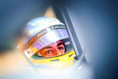 """Alonso: """"El objetivo es estar con los dos coches en los puntos"""""""