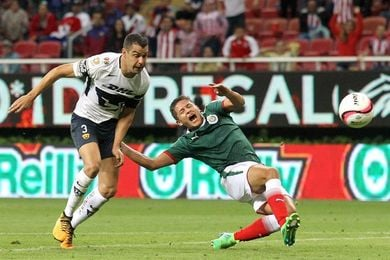 Guadalajara rescata el empate ante Pumas y Necaxa hace lo propio ante Puebla