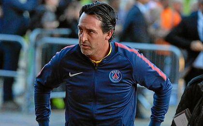 Emery, acusado como culpable por la pelea entre Neymar y Cavani.