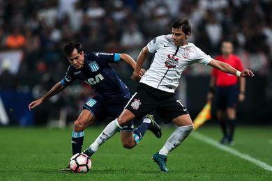 Racing prende velas por Lisandro López para la vuelta ante el Corinthians