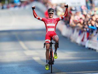 El danés Johansen campeón del mundo júnior masculino; Italia, plata y bronce