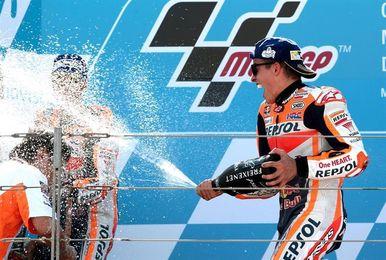 Pleno español en el podio de MotoGP, los líderes no fallan