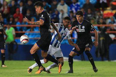 Honda anota y el Pachuca golea y le quita el invicto al Cruz Azul de Jémez