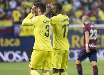 Bakambu firma el gol 900 del Villarreal en Primera