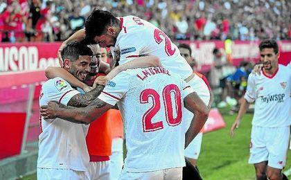 Banega y Muriel marcaron ante el Málaga.