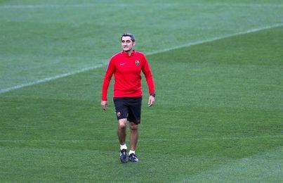 El Barça se entrena hoy bajo mínimos y Valverde da tres días de fiesta