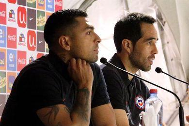 """Claudio Bravo: la ilusión de clasificar al Mundial está """"intacta"""""""