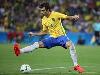 Rodrigo Caio sustituye al lesionado Thiago Silva en la selección brasileña