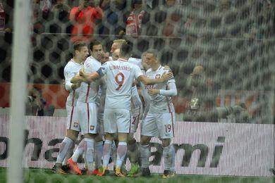 4-2. Levandowski sentencia el pase de Polonia al Mundial