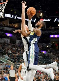 Los Spurs sin Pau acaban con el cartel de invictos de los Nuggets de Juancho