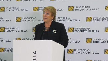 """Bachelet respalda a la selección de Chile """"en las alegrías y tristezas"""""""