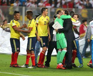 Messi salva a Argentina, que con Brasil, Uruguay y Colombia son felices los cuatro