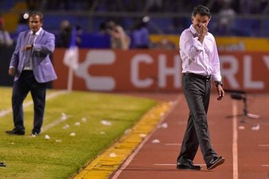 Osorio falla en el último paso y México no logra cerrar invicto la eliminatoria