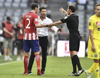 Simeone sigue con la preparación del equipo a la espera de Giménez y Godín
