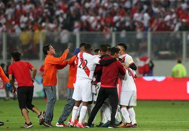Perú y Nueva Zelanda piden a la FIFA jugar la repesca el 11 y el 15 de noviembre