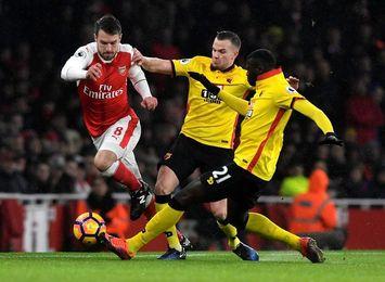 Cleverley hunde al Arsenal en Watford en el minuto 92
