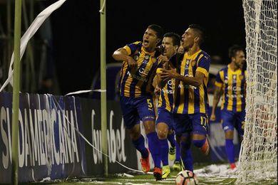 Sportivo Luqueño bate a Libertad y se consolida en el liderato del Clausura paraguayo
