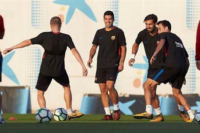 El Barça se entrena para preparar la tercera jornada de la Champions contra el Olympiacos