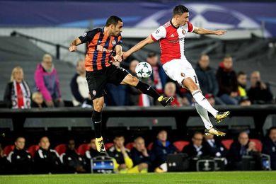 1-2. El Shakhtar Donetsk aniquila al Feyenoord y se coloca segundo de grupo