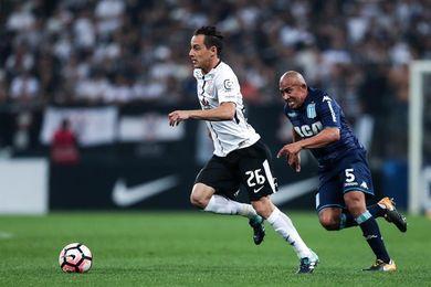El Santos empata en casa y le recorta tan solo un punto al líder Corinthians