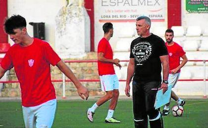 El técnico, José Manuel Jurado.