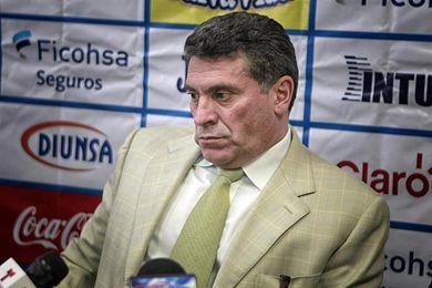 Suárez confía en la capacidad de Pinto para llevar a Honduras al Mundial de Rusia