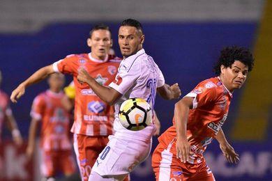 1-0. Santos de Guápiles vence al Olimpia en el juego de ida de la Liga Concacaf