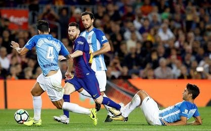 El Barcelona cumple, el Valencia vuela