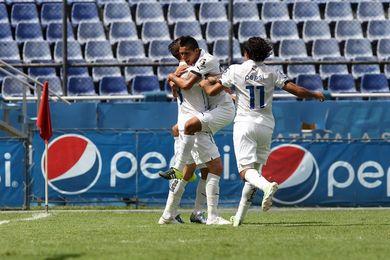 3-0. Comunicaciones golea a Malacateco en el tiempo añadido