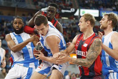 88-86. El Baskonia remonta 17 puntos al Gipuzkoa Basket y se lleva el derbi