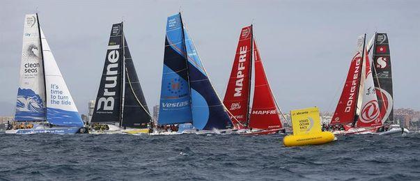 El ´Dongfeng´ lidera la flota cuando navega en mar abierto hacia Gibraltar