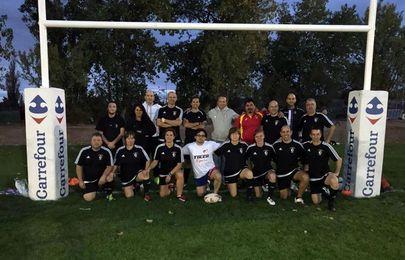 El rugby touch, un deporte en auge que aúna agilidad, rapidez y diversión