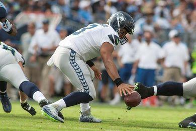 7-24. Wilson lanza tres pases de anotación en el triunfo de los Seahawks