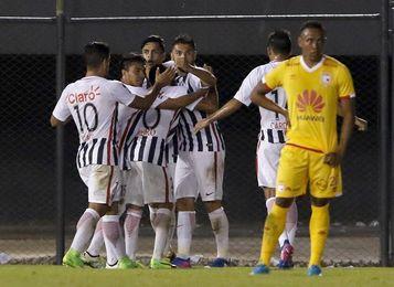 Libertad y Racing, en horas bajas, se miden por la Sudamericana en Asunción