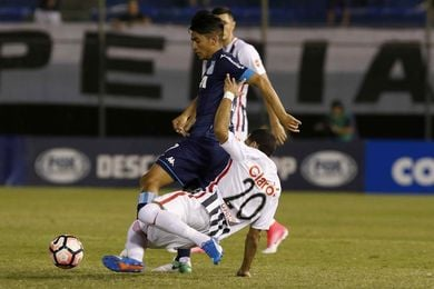 1-0. Libertad gana con gol de Salcedo y acaba el invicto de Racing