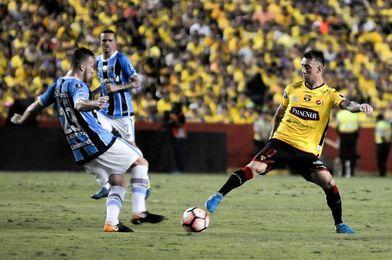 0-3. Gremio golea y queda más cerca de jugar su quinta final de Libertadores