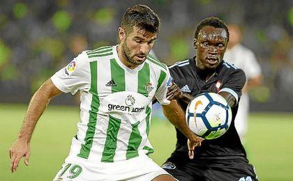 Barragán, en el partido en el Villamarín ante el Celta de Vigo.