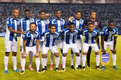Honduras convoca a ´nueve legionarios´ para la repesca contra Australia