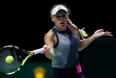 La ´maestra´ Wozniacki triunfa en Singapur