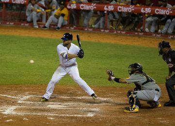 Tigres vencen Leones, pero siguen en zona roja en béisbol dominicano
