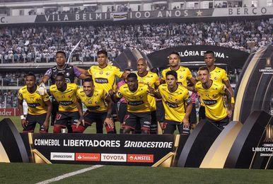 Diez de los doce clubes de la primera división de Ecuador, con Licencia FIFA
